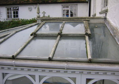 Before-rotten timber roof caps